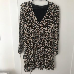 Zara Floral Dress Long Sleeve Worn once